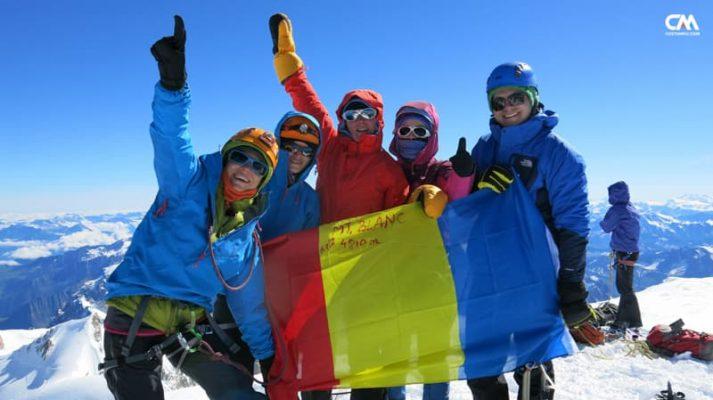 alpiniști pe vârful mont blanc, 4810m