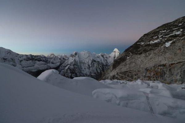 Răsărit pe Island Peak, Nepal